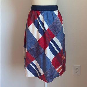 NWT L. L. Bean signature silk patterned skirt